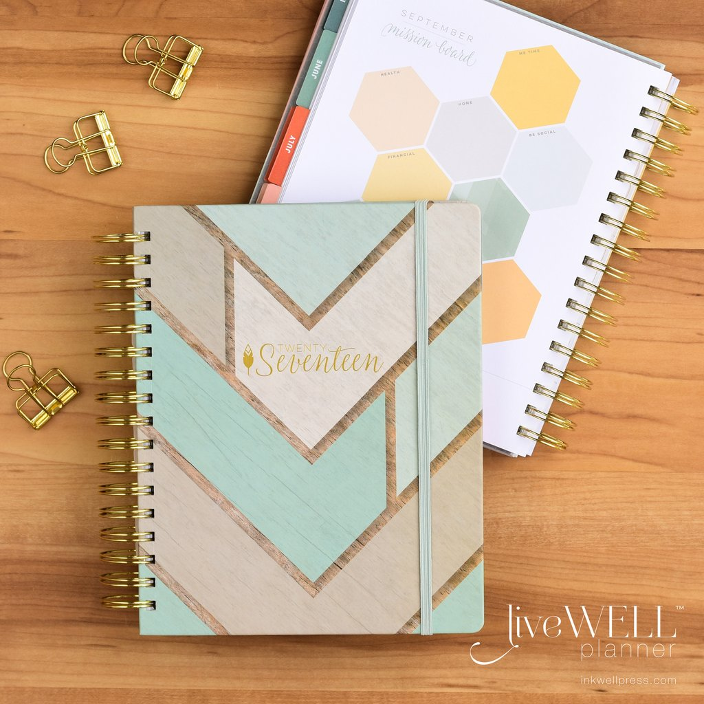 Planner | One Hangry Mama's 2016 Gift Guide